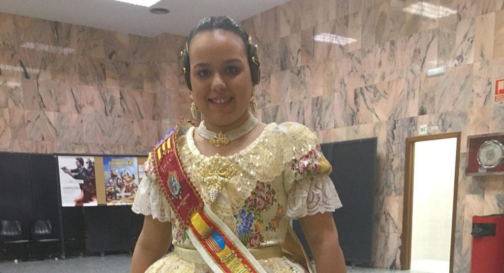 Vestido valenciana S.XIX confeccionado en Albaes